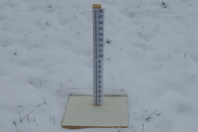 snow_measuring_stick.jpg